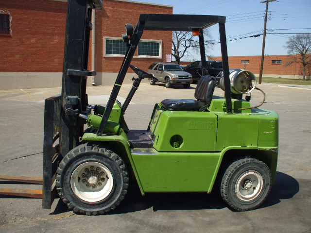 Clark C500YS80 - Reconditioned-Forklifts com 4K LIFT CO