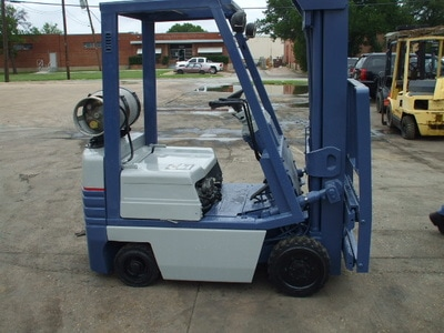 Used 3000 lb forklift for sale Houston - Reconditioned